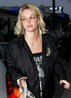 Britney_spears_looks_like_crap